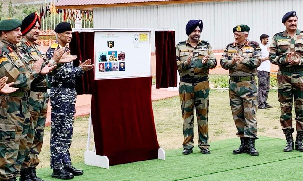 Remembering Heroes: Armed Forces Chief Pay Tribute at Kargil