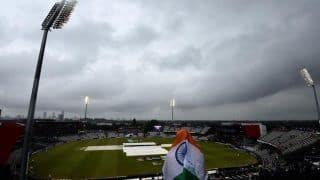 India vs New Zealand Weather Report: Today's Hourly Weather Forecast of Manchester For IND vs NZ Cricket World Cup 2019 1st Semi-final Match Reserve Day