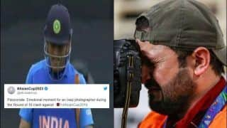 Image of Crying Photographer After MS Dhoni Runout During ICC Cricket World Cup 2019 Semi-Final 1 Between India-New Zealand That Went Viral is Fake | SEE POST