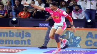PKL 2019 Match 18: Deepak Hooda, Sandeep Dhull Star as Jaipur Pink Panthers Thump Haryana Steelers 31-27 to Complete Hat-Trick of Wins