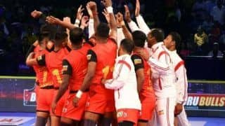 Dream11 Team BLR vs GUJ Pro Kabaddi League 2019 - PKL Prediction Tips For Today's Match Bengaluru Bulls vs Gujarat Fortune Giants at Gachibowli Indoor Stadium