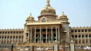 कर्नाटक संकट: संवैधानिक तौर पर अयोग्य घोषित नहीं किए जा सकेंगे बागी विधायक