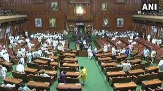 कर्नाटक में नाटक: सोमवार को संभावित विश्वास मत को लेकर दोनों पक्ष बना रहे हैं रणनीति