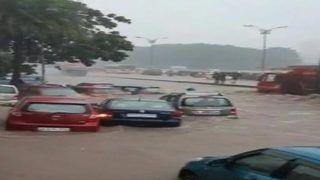 मुंबई में भारी बारिश से 11 उड़ानें रद्द, तीन के मार्ग बदले गए
