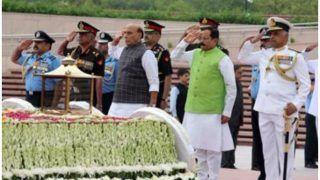 करगिल विजय दिवस पर रक्षामंत्री का पाक पर हमला, कहा- अब पाकिस्तान लड़ता है सिर्फ Proxy War
