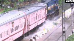 मुंबई में जमकर बरसा पानी, रेलवे ट्रैक डूबे, सड़कों पर बाढ़ जैसा नजारा