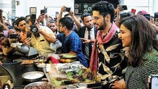 Parineeti Chopra And Sidharth Malhotra Try Fire Paan in Delhi