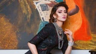 Bollywood Hottie Urvashi Rautela Looks Sexy as She Strikes Sensuous Pose in All Black Outfit