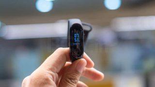 Xiaomi Mi Band 3 vs Noise ColorFIT 2: 1,999 रुपये में कौन सा Smart Fitness Band है बेस्ट