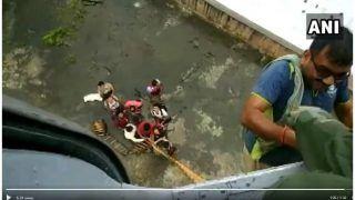 ठाणे में 100 से अधिक लोग बाढ़ में फंसे, वायुसेना ने शुरू किया बचाव अभियान, देखें वीडियो