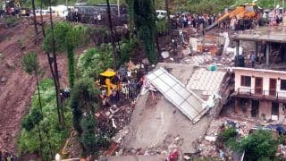 हिमाचल प्रदेश के सोलन में गिरी बहुमंजिला बिल्डिंग, दो की मौत, 23 लोगों को मलबे से निकाला
