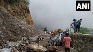 उत्तराखंड में कार और बाइक पर चट्टान गिरी, हरियाणा के 4 कांवड़ियों की मौत, 8 घायल