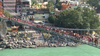 ऋषिकेश का 96 साल पुराना लक्ष्मण झूला पुल हुआ बंद, ऐसी है धार्मिक मान्यता