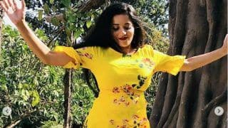Bhojpuri Bomb And Nazar Actor Monalisa Enjoys Monsoon in This Hot Floral Dress, See Pics