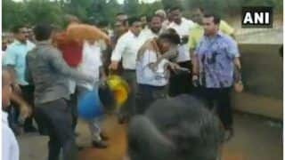 Congress MLA Leads Mob to Throw Mud, Tie Engineer to Bridge Railing Near Mumbai-Goa Highway | Watch