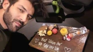 Pati Patni Aur Woh: Kartik Aaryan Takes Selfie With Cake as Film's Shooting Begins in Lucknow