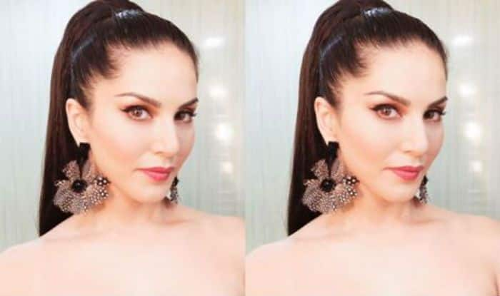 Sunny Leone looks hot in a recent picture shared on