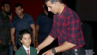 Akshay Kumar Hosts a Special Screening of Mission Mangal For School Students, See Pics