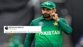 Mohammad Hafeez Leaves Fan Red-Faced For Asking Him His Retirement Plans | SEE POST