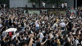 Hong Kong Braces For Another Violent Weekend as Protestor Squeeze Airport Access