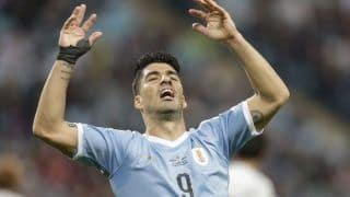 Uruguay's Luis Suarez Injured in Barcelona's Opening La Liga Game