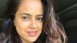 Actor Sameera Reddy Reveals That Hrithik Roshan Helped Her Overcome Stammering Problem