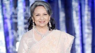 Veteran Actor Sharmila Tagore Proves She is Epitome of Grace And Elegance as She Walks The Ramp at Fashion Show