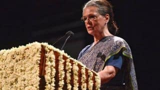 CWC Accepts Rahul Gandhi's Resignation, Appoints Sonia as Interim Congress President