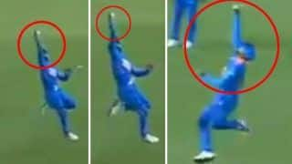 Virat Kohli Took a One-Handed Catch to Dismiss Evin Lewis During 2nd ODI Between India-West Indies is Stunning | WATCH VIDEO