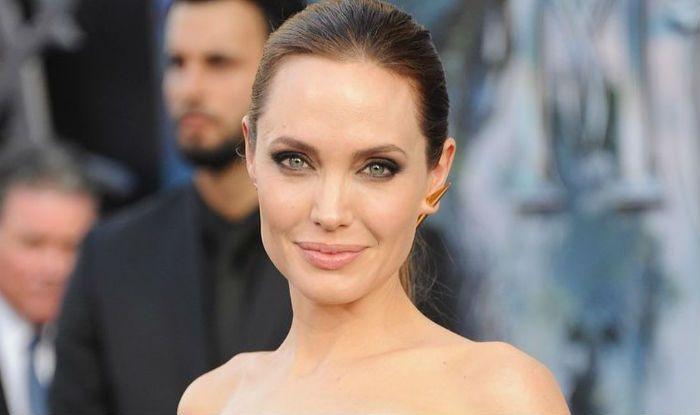 Angelina Jolie Reveals Storyline Of Maleficent Mistress Of