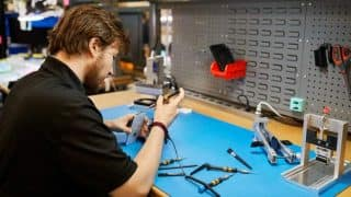 Apple offers more options for safe, reliable iPhone repairs at third-party shops