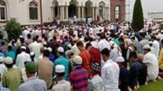 J&K: Eid Prayers Held Peacefully at Mosques in Kashmir Valley, no Violence Reported