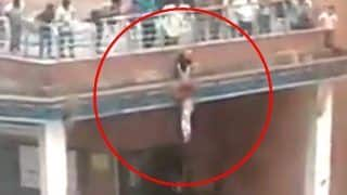 Brave Man Risks His Life And Saves a Young Girl From Committing Suicide in Noida - Video Goes Viral