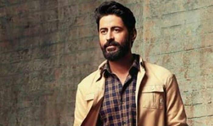 Uri Actor Mohit Raina Welcomes Govt's Decision of Scrapping Article
