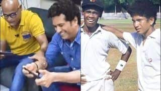 Friendship Goals! Sachin Tendulkar Playing Video Game With Childhood Friend Vinod Kambli is Something You Cannot Miss on This Friendship Day | WATCH VIDEO