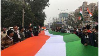 बिहार BJP ने 370 फुट लंबे तिरंगे के साथ निकाला जुलूस, लगाए भारत माता की जय के नारे