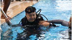 सेना के जवानों के साथ पूल में उतर पड़े खेल मंत्री, लिया स्कूबा डाइविंग का मजा