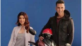 Twinkle Khanna And Akshay Kumar Enjoy Scooty Ride in Mumbai- Check Pic