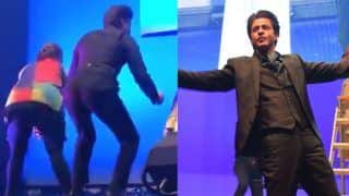 Shah Rukh Khan Twerks With Kids at IFFM 2019 And It's The Best Kind of Viral Ever - Watch