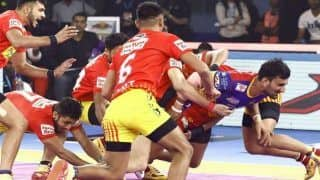 Dream11 Team DEL vs GUJ Pro Kabaddi League 2019 - Kabaddi Prediction Tips For Today's PKL Match 91 Dabang Delhi vs Gujarat Fortune Giants at Shree Shiv Chhatrapati Wrestling Hall