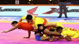 Dream11 Team PUN vs GUJ Pro Kabaddi League 2019 - Kabaddi Prediction Tips For Today's PKL Match 89 Puneri Paltan vs Gujarat Fortune Giants at Shree Shiv Chhatrapati Wrestling Hall