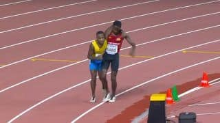 Runner Wins Hearts by Helping Rival Cross Finish Line During Athletics World Championships