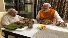 Gujarat: PM Modi Meets his Mother Heeraben, Eats Lunch With Her at Gandhinagar Residence on 69th Birthday | See PICS