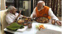 PM नरेंद्र मोदी ने 69वें जन्मदिन पर मां हीराबा से मुलाकात कर लिया आशीर्वाद, साथ में खाया खाना