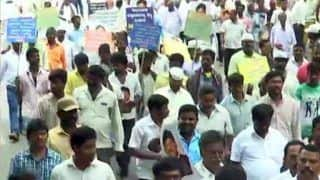 Vokkaliga Sangh Members in Bengaluru Join Cong-JDS in Protest Against Shivakumar's Arrest by ED