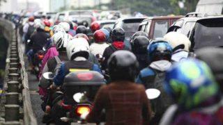 Unlock 1.0 In Delhi: दिल्ली से सटे NCR बॉर्डर पर कई किमी लंबा ट्रैफिक जाम, कहां जा रहे ये लोग?