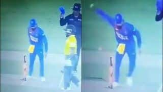 India vs South Africa: Angry Virat Kohli Unnecessarily Breaks Stumps During 2nd T20I at Mohali | WATCH VIDEO