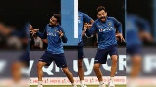 Virat Kohli's Kiddish Gestures Ahead Of 3rd T20I at Bengaluru vs South Africa Will Make You go 'Aww' | SEE PIC