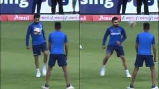 India vs South Africa: Virat Kohli Flaunts Off His Football Skills Ahead of 3rd T20I at M. Chinnaswamy, Bengaluru | WATCH VIDEO