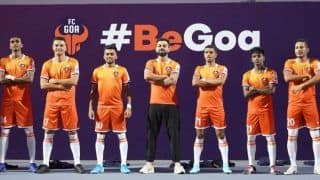 Indian Super League (ISL): Virat Kohli Unveils FC Goa's New Home Jersey